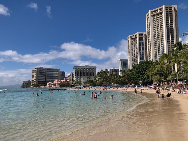 Waikiki, Hawaii stores are out of hand sanitizers, face masks | LIVEfeed